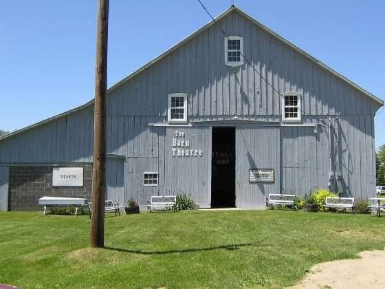 2019 SEASON - Barn Theatre
